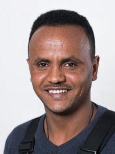 Tesfay Kbreab, Garage Walker